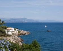 Five luxury waterfront villas for sale in the South of France