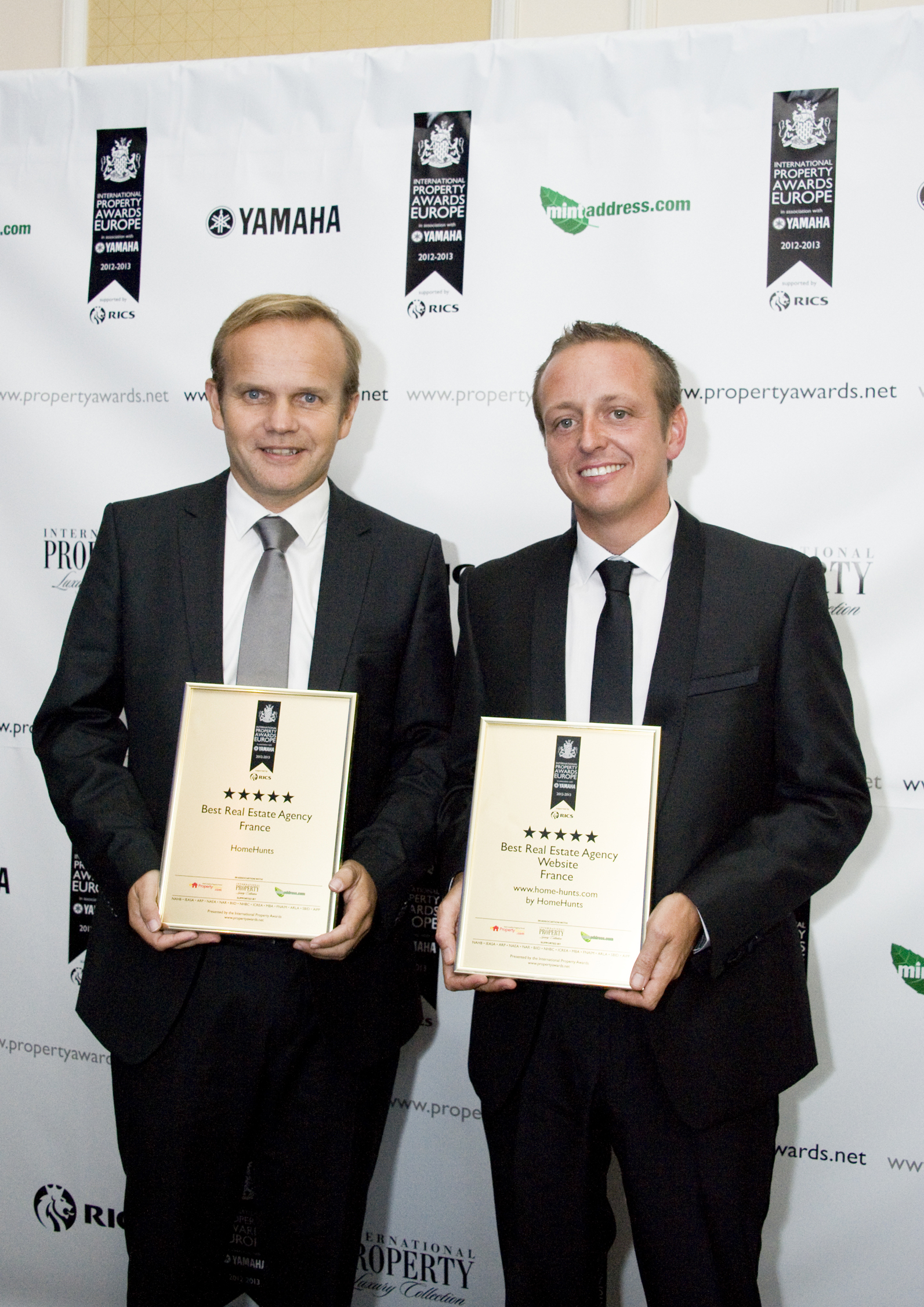 Home Hunts announced as double winner at the International Property Awards 2013/14