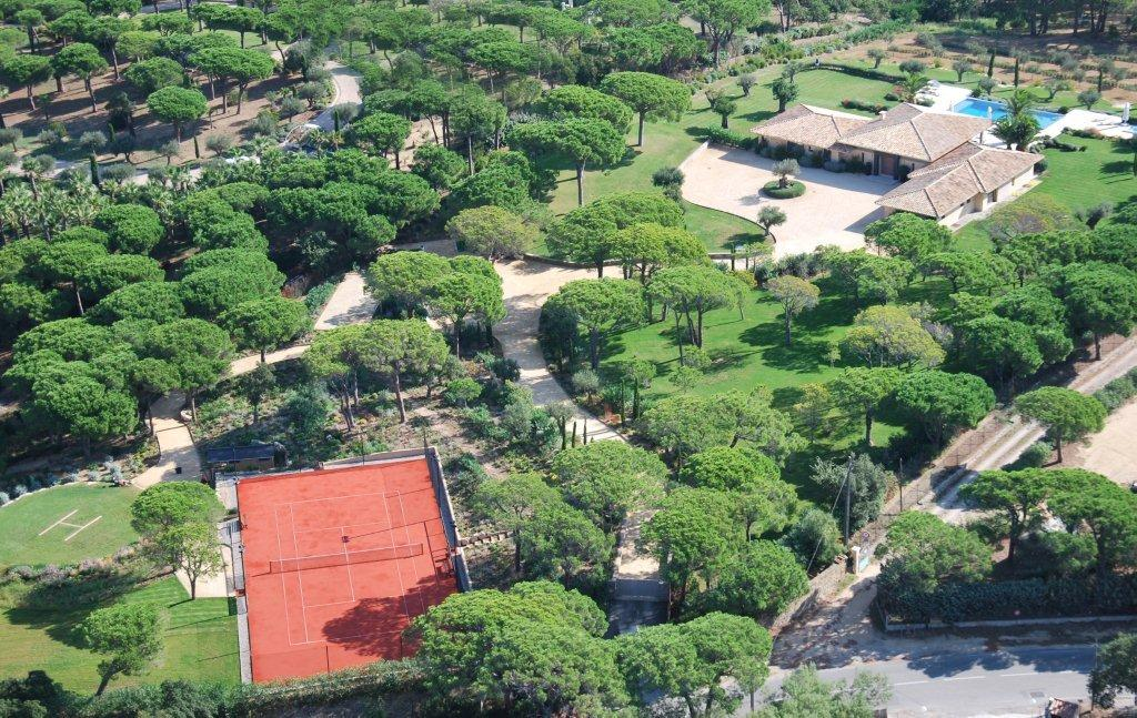 Saint Tropez Property – Close to heaven with a helipad….