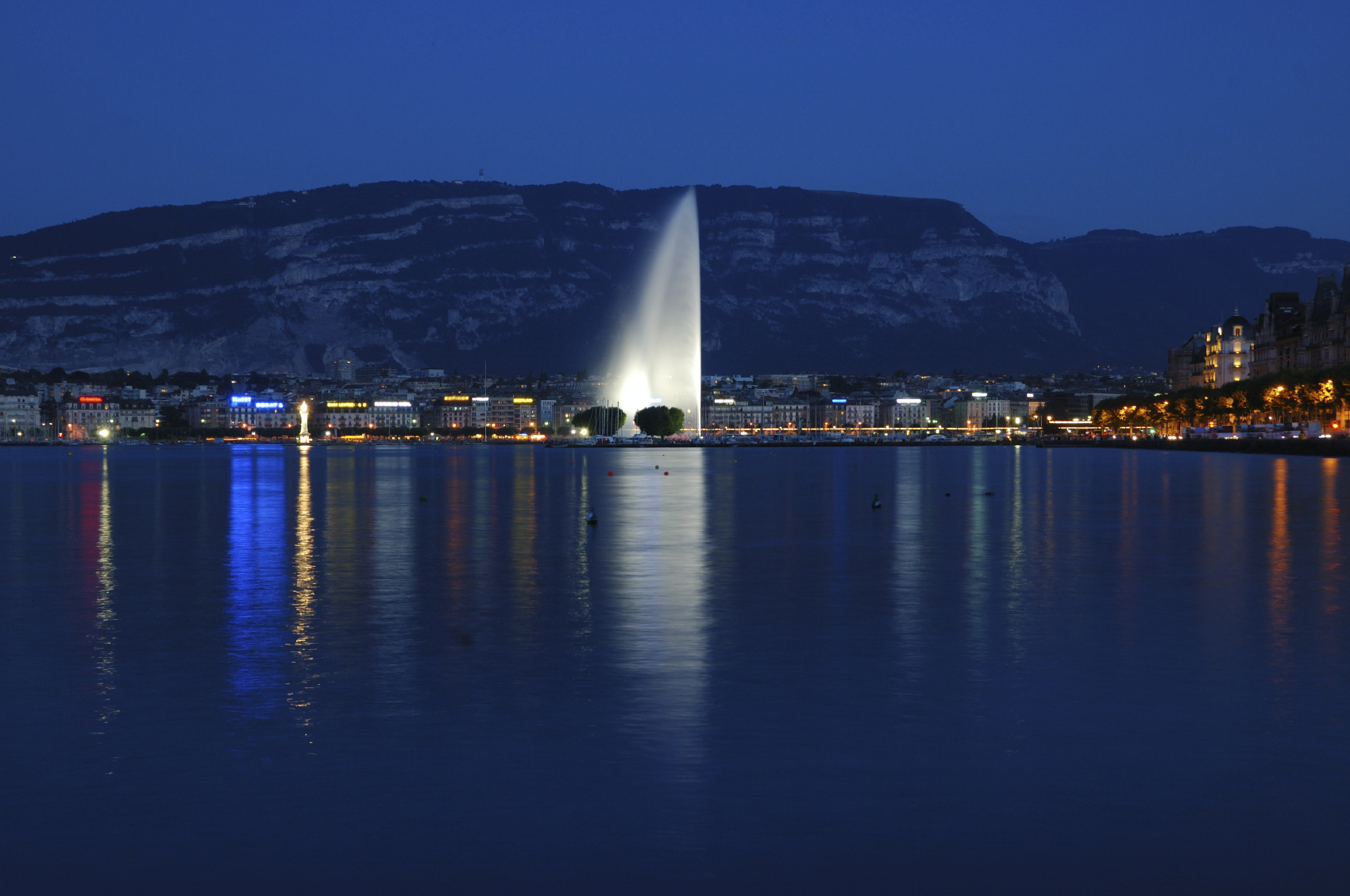 Jet'd Eau Fountain Geneva