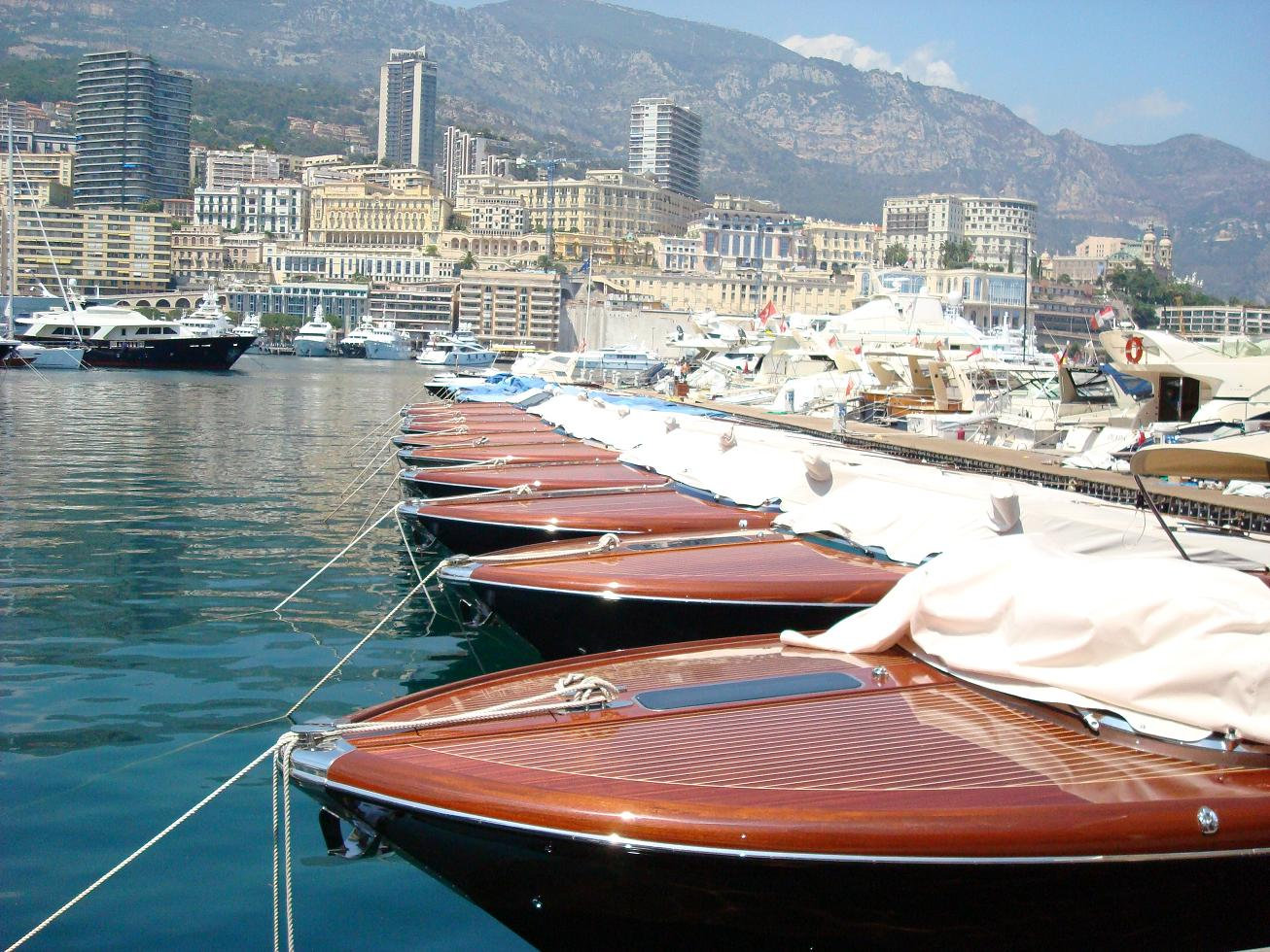 Demand for super yacht helicopter hangars takes off in Monaco