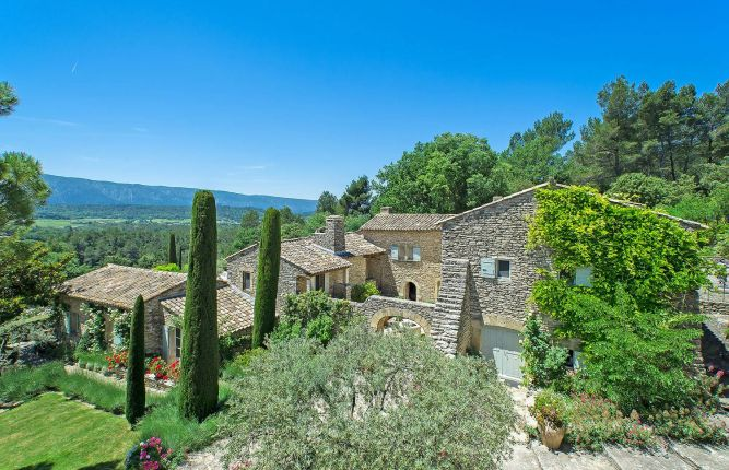 Five prestigious gite properties for sale in France