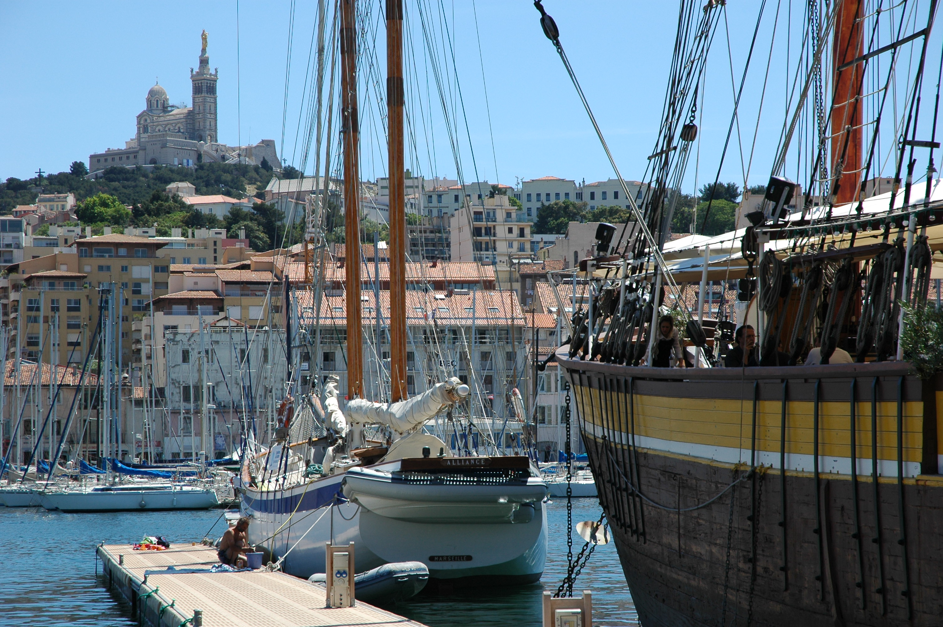 Where are the sunniest locations in France?