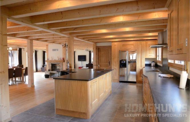 home hunts luxury property