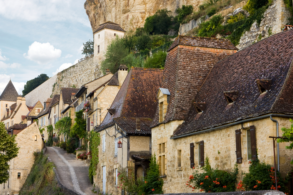 Luxury homes for sale in five of france s most beautiful for Beautiful homes for sale