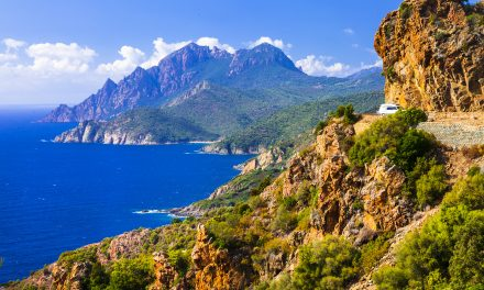 A selection of the finest properties for sale on the fantastic Provence Coast
