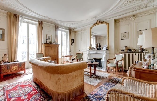 Here Is One Of Our Properties In Paris (HH 11628416) Emanating That Vintage  Vibe To Give You More Of An Overview Of How To Capture That Effortless  U201cshabby ...