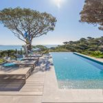 To infinity and beyond – French properties with infinity pools